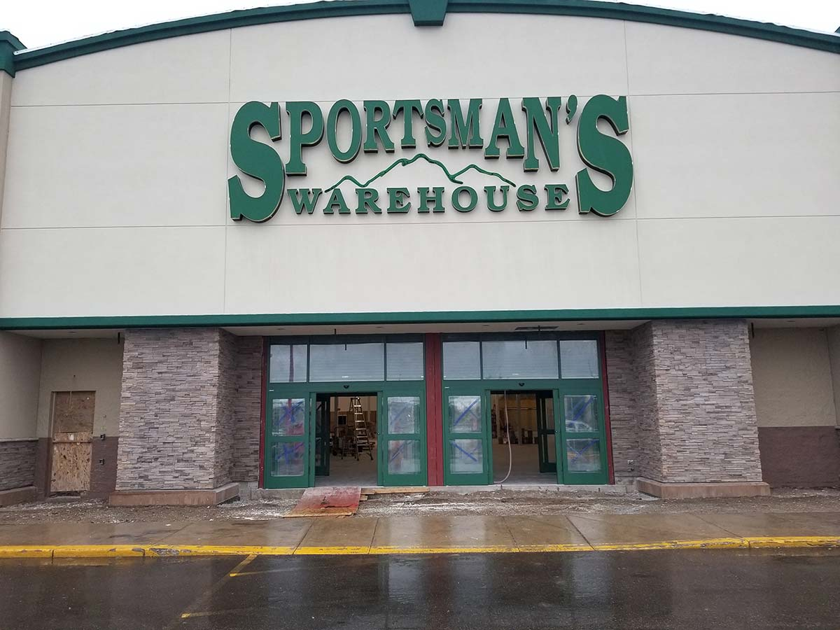 Sportsmans Warehouse Exterior Of Building