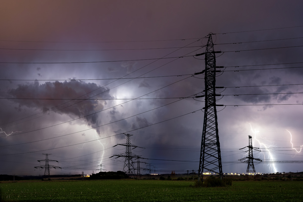 Lightning Storm Over Prague Czech Republic 9ydubm5 (1)